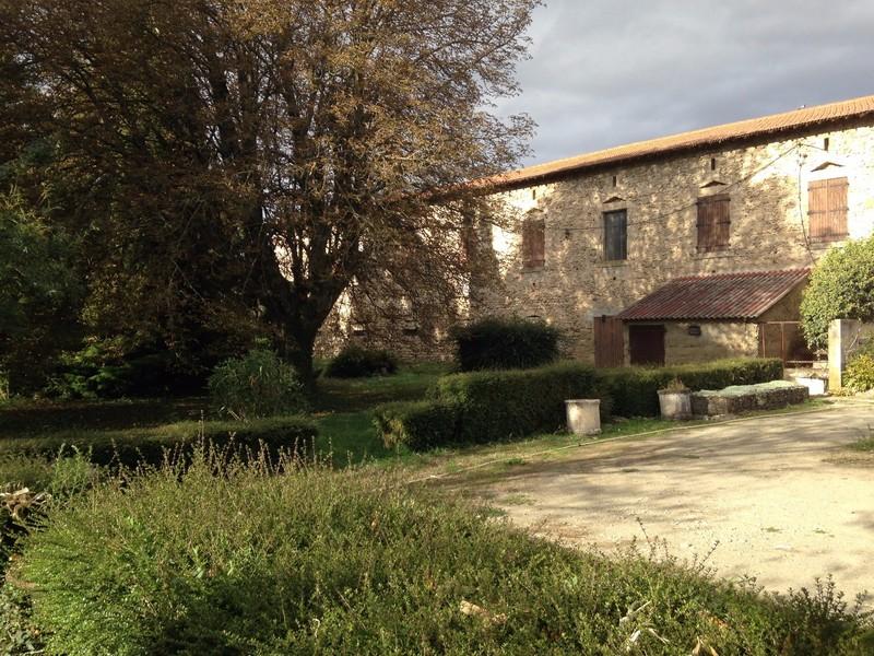 Maison de 120m² et Batiment de 700m² sur 4700m² de terrain à Montélier Montélier 26