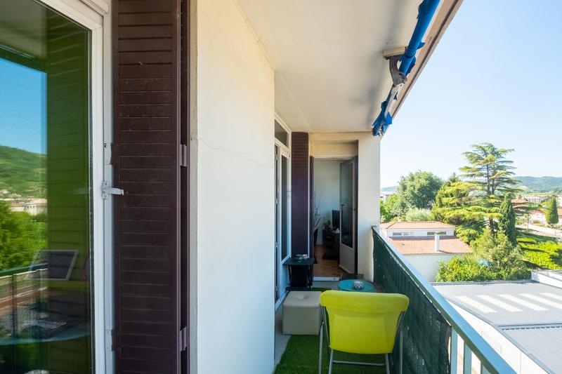 Appartement T4 avec balcon Tournon-sur-Rhône 07