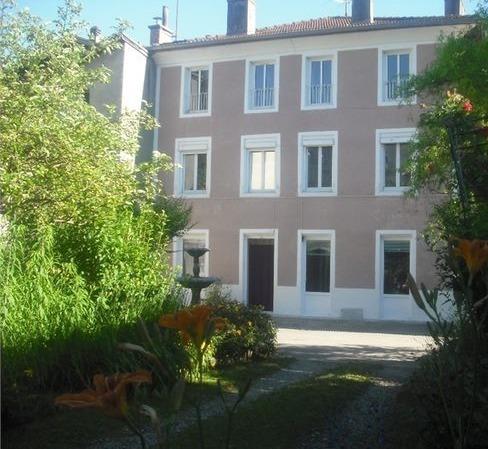 Propriété 380 m² exploitée en chambre d'hôtes Saint-Marcellin 38