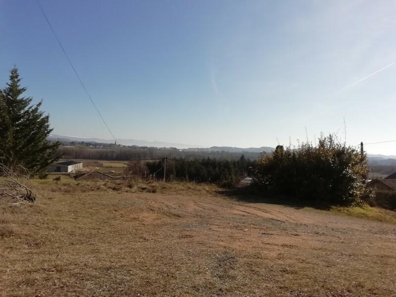 Terrain constructible à Charmes sur Herbasse Charmes-sur-l'Herbasse 26