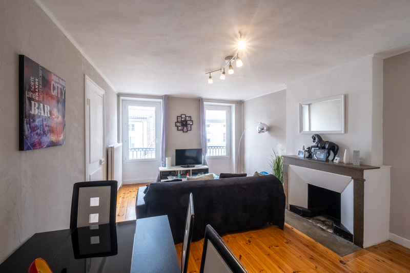 TOURNON SUR RHONE  - Exclusivité - Appartement 65 m² + combles 54 m², aménageable en appartement. Tournon-sur-Rhône 07