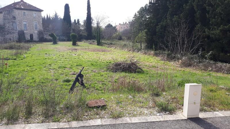 TERRAIN DE 1381 M² Bourg-Saint-Andéol 07