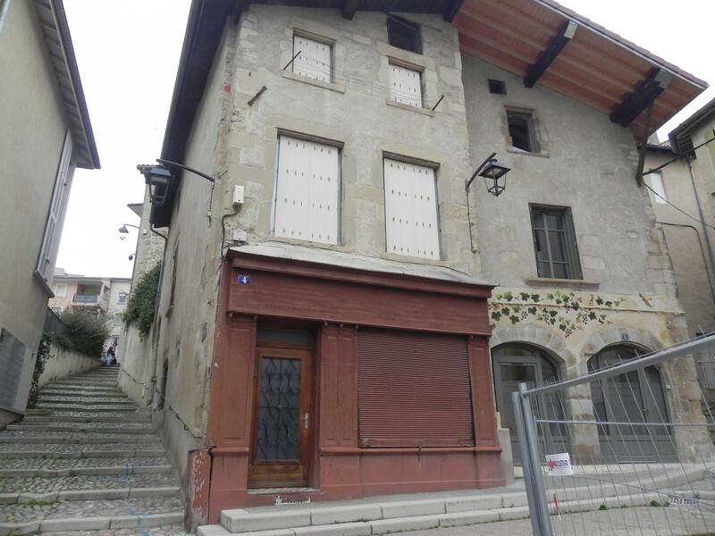 MAISON DE RUE DE 135 M² Romans-sur-Isère 26